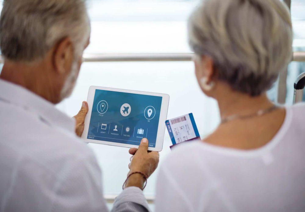 Contra la soledad del anciano, la tablet también vale
