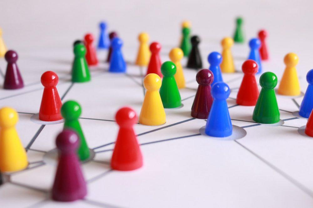 De la malla benefactora a las redes ciudadanas