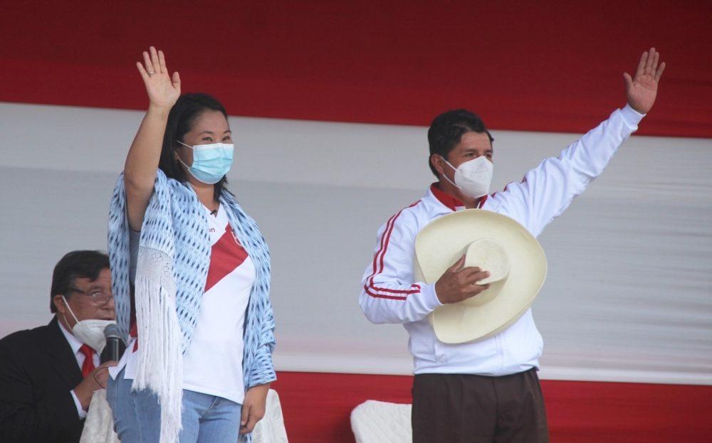 Keiko Fujimori y Pedro Castillo en un debate electoral (foto: Ojo Público / Álvaro Franco)