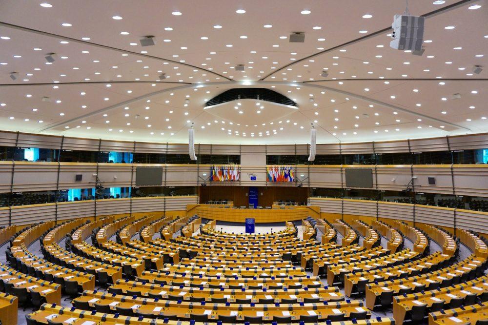 La crítica populista a la democracia liberal