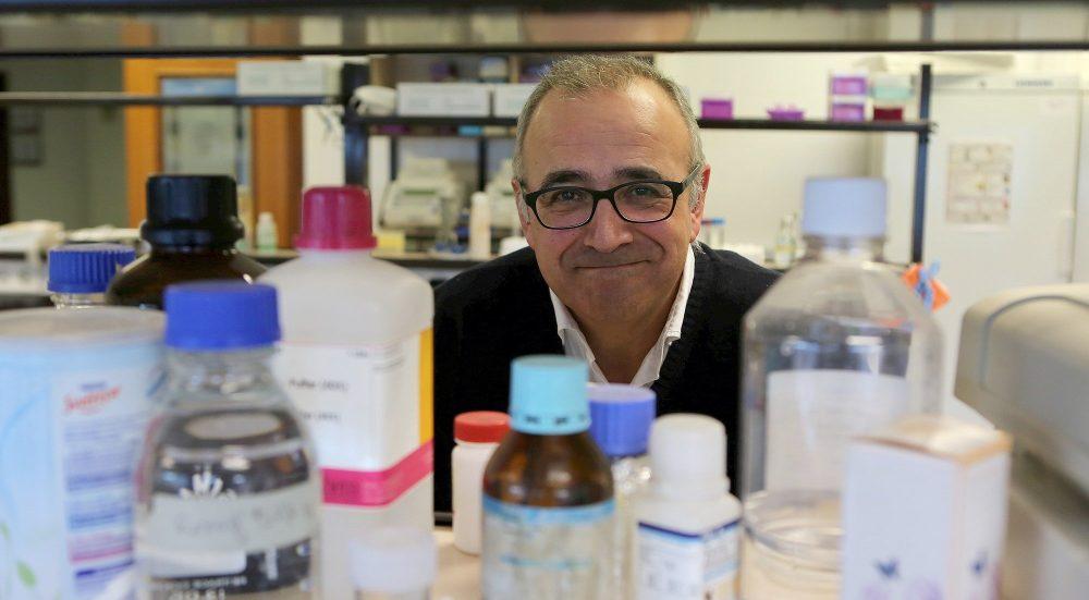 FOTO PARA DEIA Foto entrevista a Ignacio Lopez Goñi , microbiologo. Universidad de Navarra