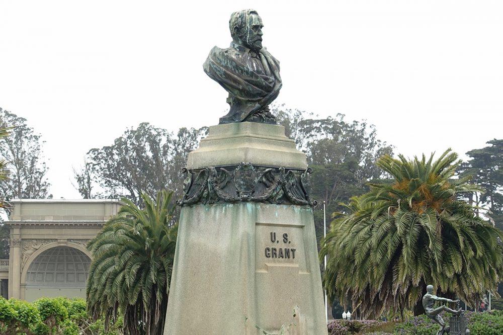 Monumento a Ulysses S. Grant en San Francisco, antes de ser derribado el 19-06-2020