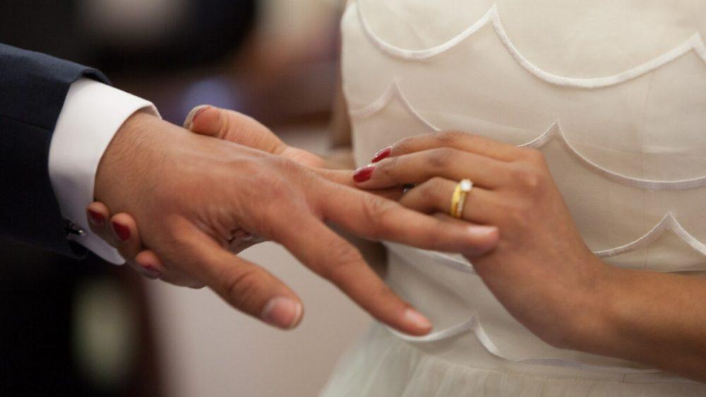 El matrimonio marca, y también su ausencia