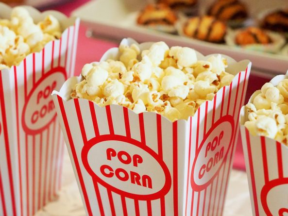 food-snack-popcorn-movie-theater-33129